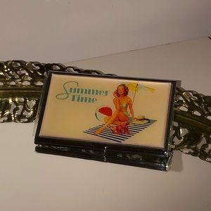 Retro pin up mirror compact & business card holder